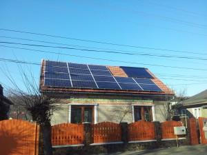 panouri-fotovoltaice-acoperis-casa
