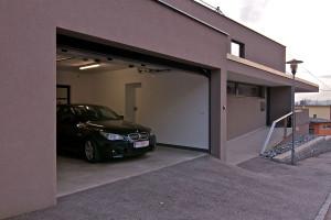 garaj smart house