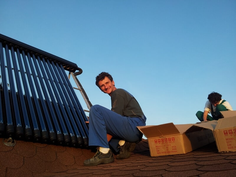 Instalare comercializare panouri solare termice tuburi vidate
