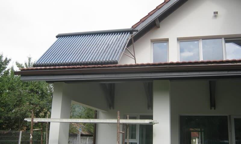 Panouri solare termice terasa casa