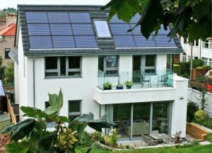 casa pasiva panouri solare