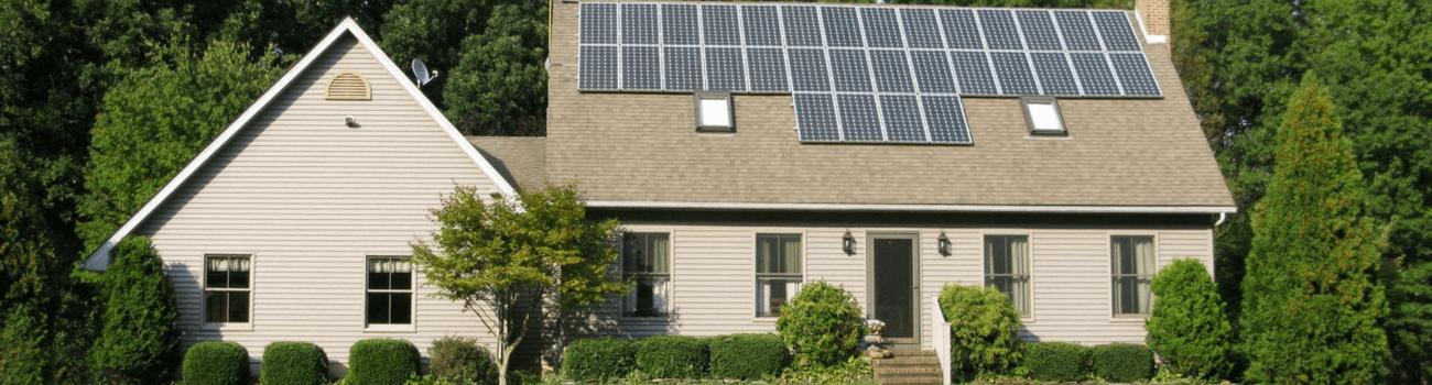 casa-panouri-solare-fotovoltaice (1)