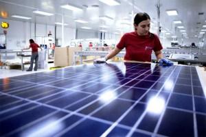 locuri de munca in industria panourilor solare